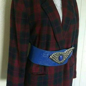 Accessories - 6 for $22!!! Vintage inspired blue belt